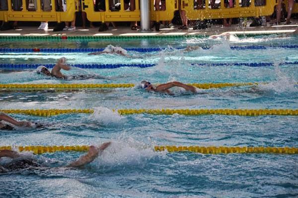 De zwemmers zijn klaar voor hun eerste Wedstrijden dit najaar !