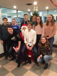 Kerstman bezoekt Mega Zwemteam Maldegem